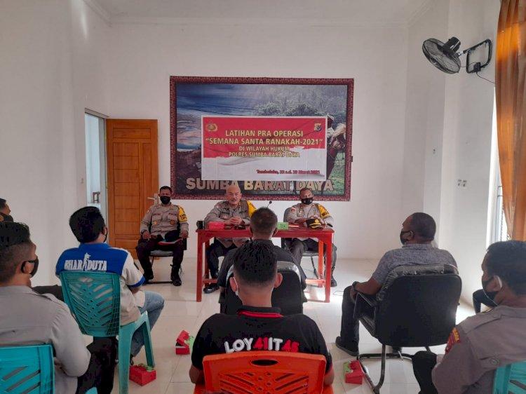 Polres Sumba Barat Daya Mengoptimalkan Kekuatan Personelnya Dalam Latihan Pengamanan Perayaan Semana Santa Ranakah 2021 Mendatang